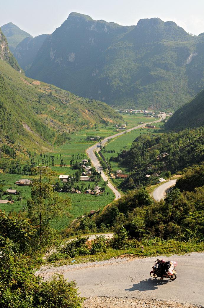 Moto et montagnes entre Hà Giang et Đồng Văn, Vietnam