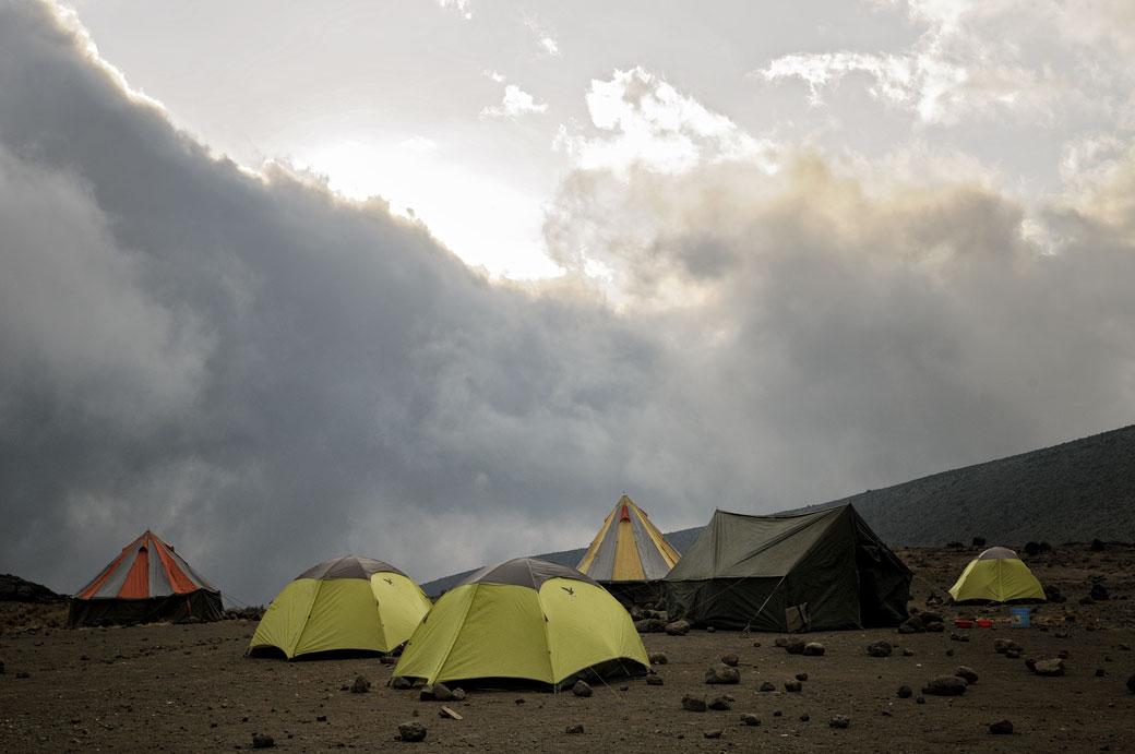 Bivouac à Moir Hut Camp en fin de journée, Tanzanie