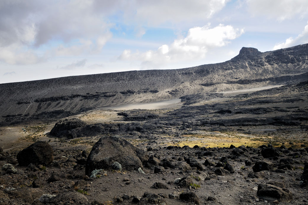 Paysage volcanique près de Moir Hut Camp, Tanzanie