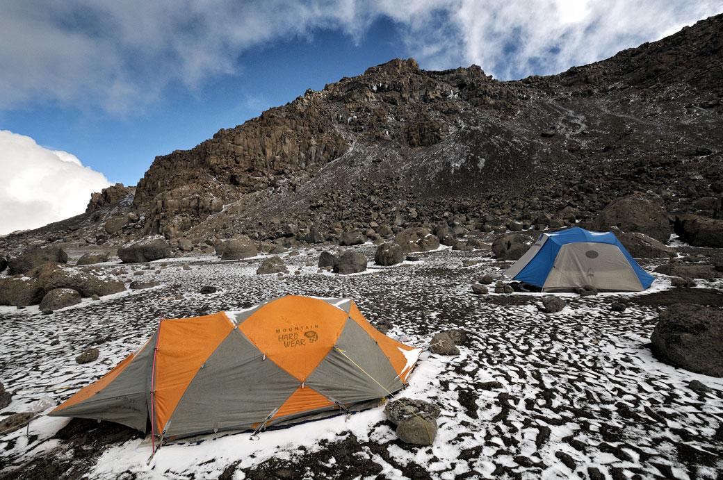 Tentes à Crater Camp sur le Kilimandjaro, Tanzanie