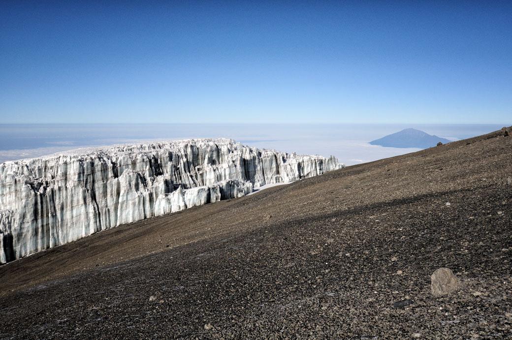 Glacier Sud et Mont Méru sur le Kilimandjaro, Tanzanie