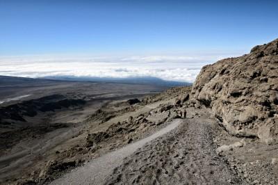 Descente du Kilimandjaro vers le camp Barafu, Tanzanie