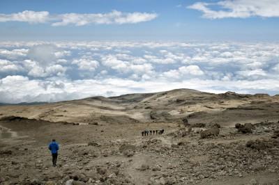 Au-dessus des nuages au camp de Barafu sur le Kilimandjaro, Tanzanie