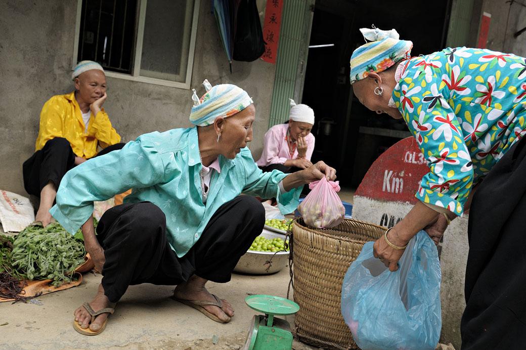 Quatres femmes dans un village au nord du pays, Vietnam