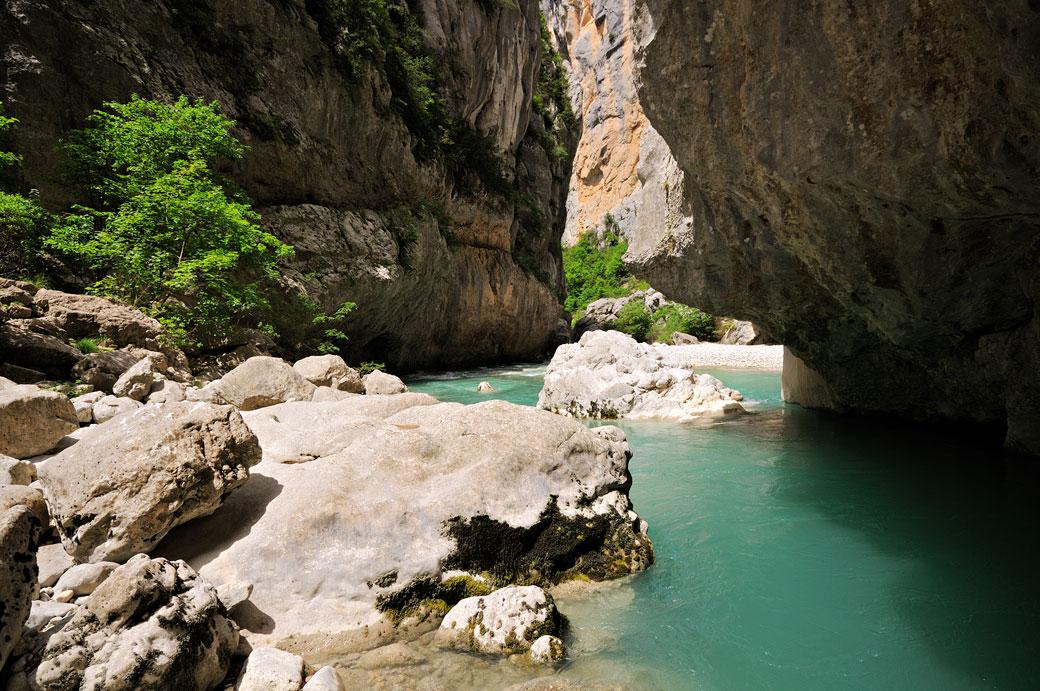 Au fond du canyon des Gorges du Verdon, France