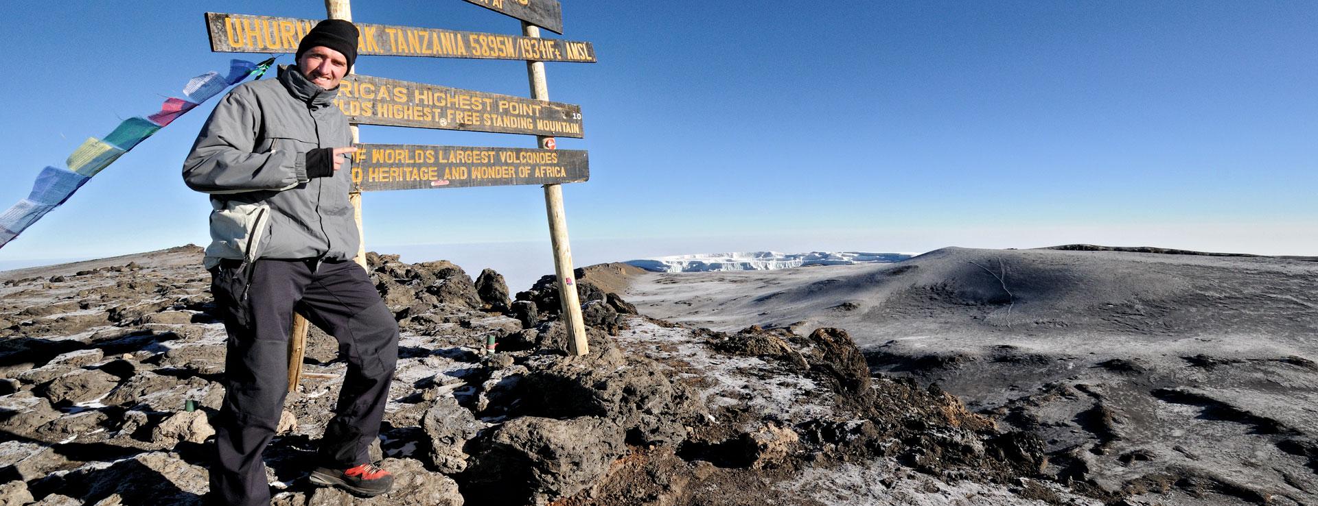 Pascal Boegli au sommet du Kilimandjaro, Uhuru Peak, Tanzanie