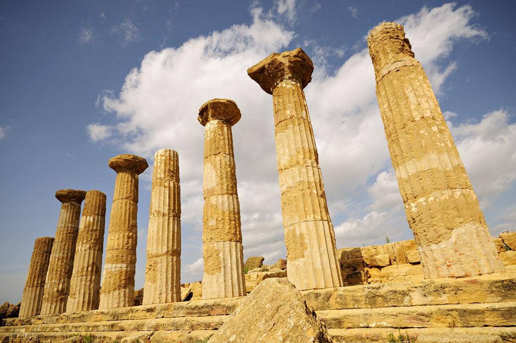 Les colonnes du temple d'Héraclès en Sicile, Italie