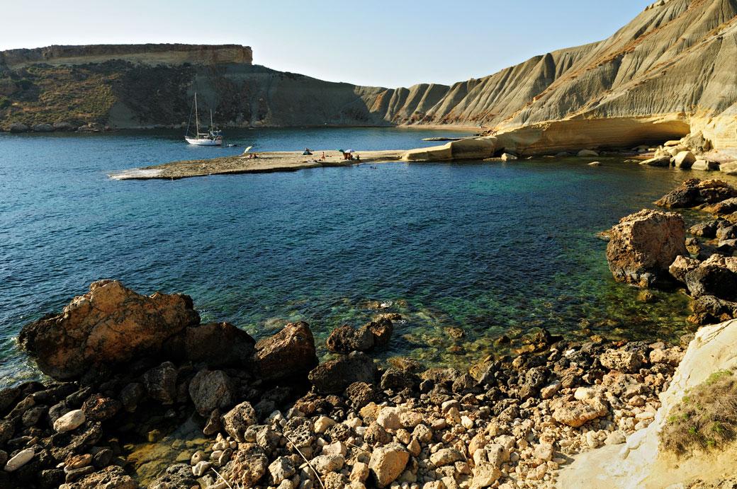 La beauté sauvage de Gnejna Bay, Malte