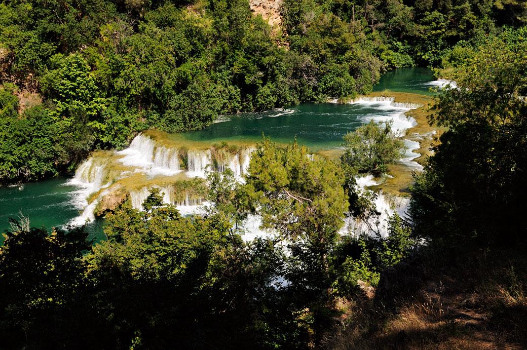Rivière sauvage dans le parc national de Krka, Croatie