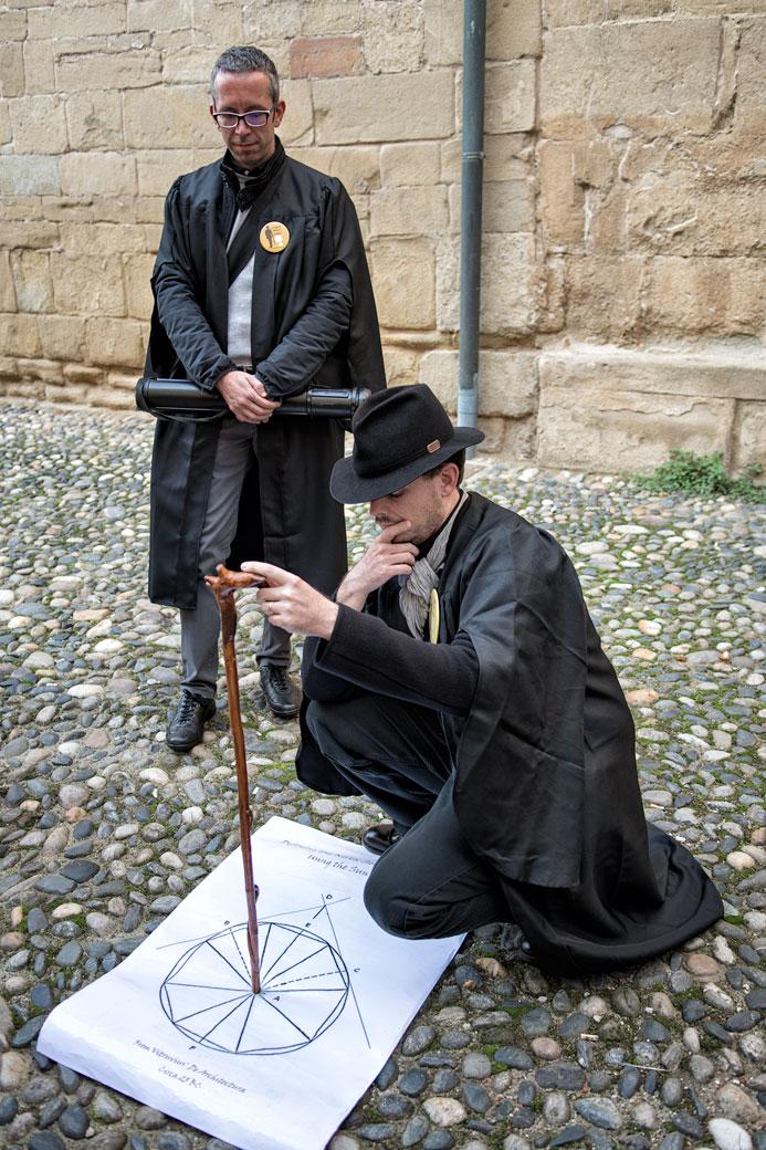 Ivan et Simone lors d'une visite guidée à Pavie, Italie