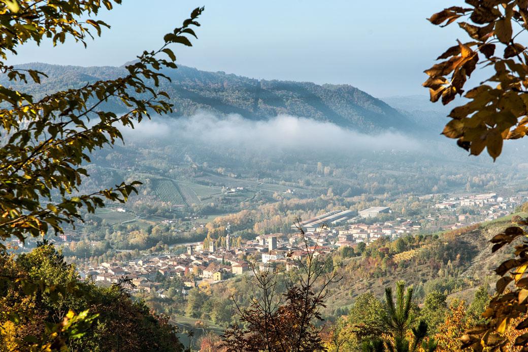 Village de Varzi dans l'Oltrepò pavese en Lombardie, Italie