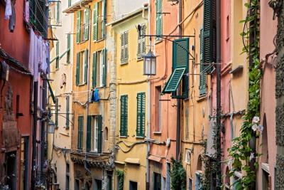 Fenêtres et maisons colorées de Portovenere, Italie