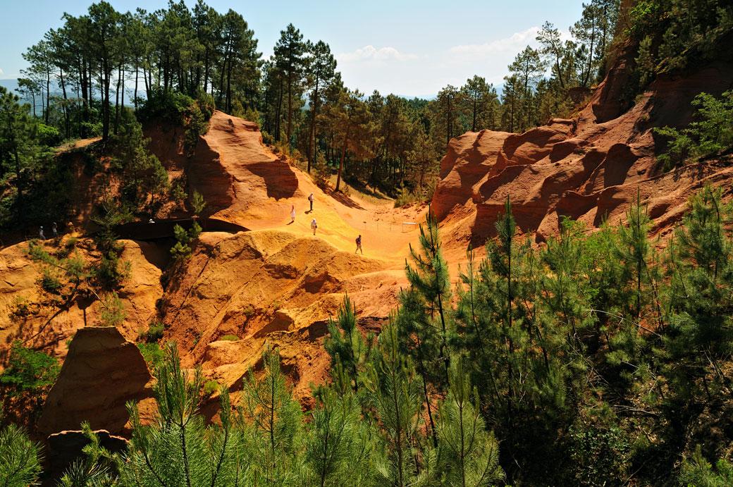 Le fascinant sentiers des ocres de Roussillon en Provence, France