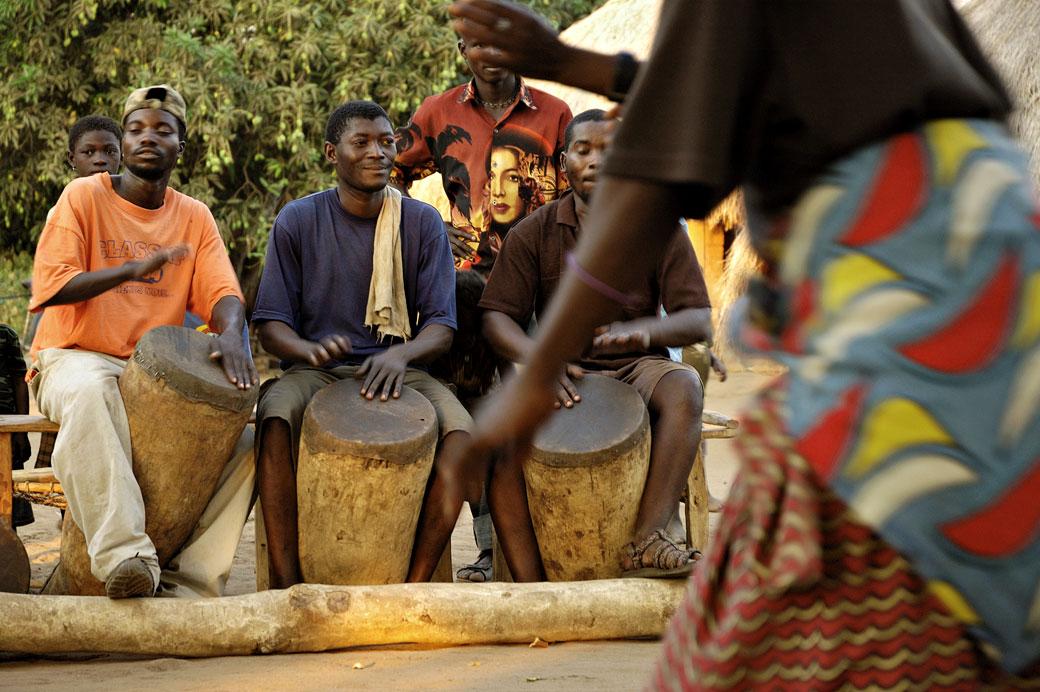 Musique et danse au village de Kawaza, Zambie