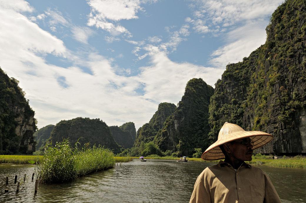 Balade au milieu des pics karstiques de Tam Coc, Vietnam