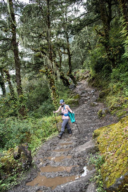 Chemin boueux entre Thongo Zampa et Soi Thangthangkha, Bhoutan