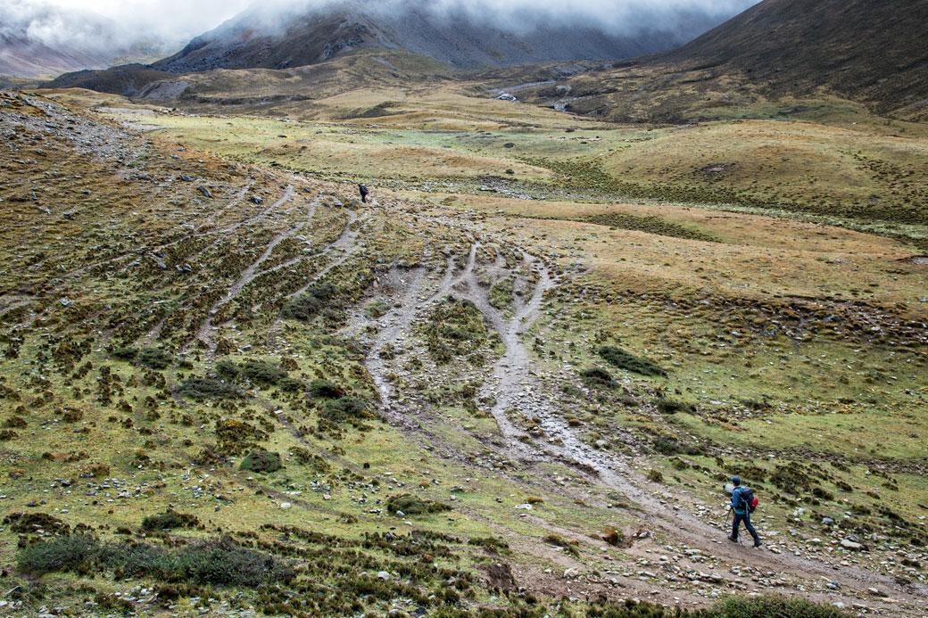 Montée vers le col de Nyile La, Bhoutan