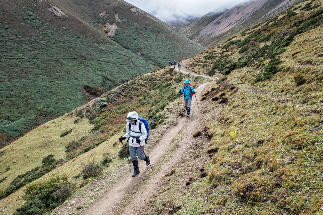 Trekkeurs en route pour Lingshi, Bhoutan
