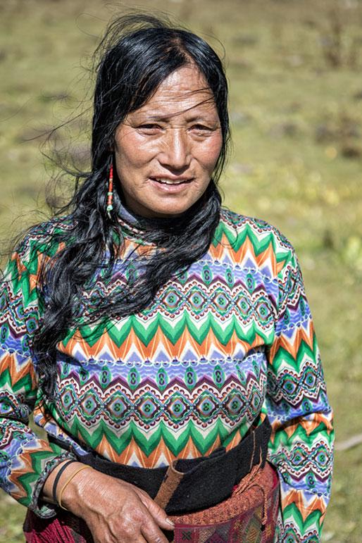Portrait d'une femme Layap près de Robluthang, Bhoutan