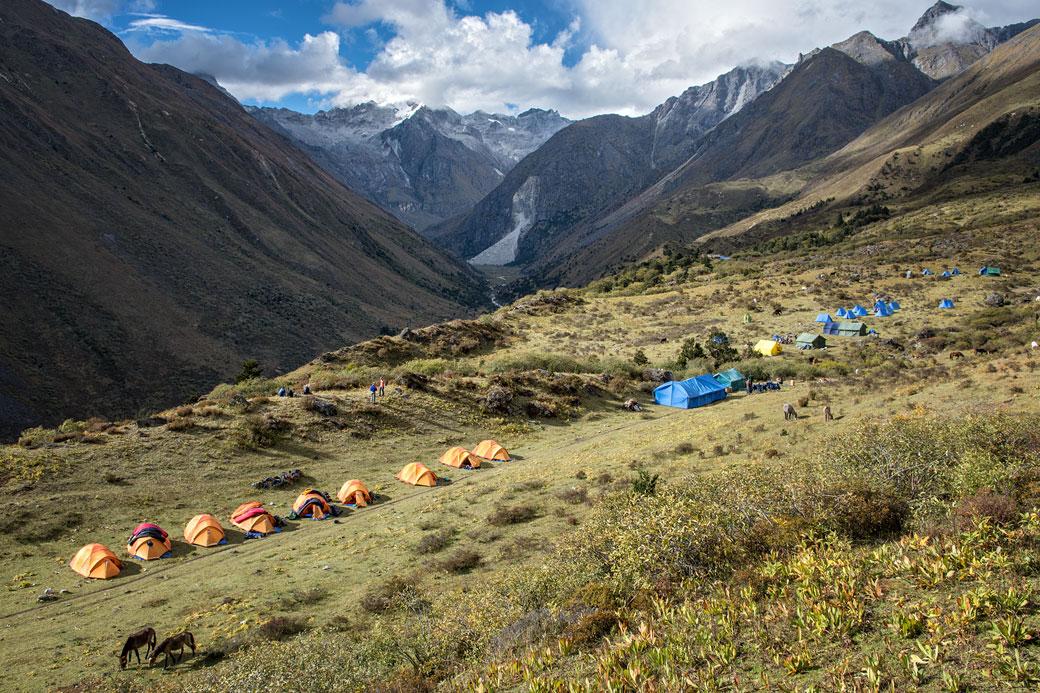 Le camp de Robluthang en fin de journée, Bhoutan