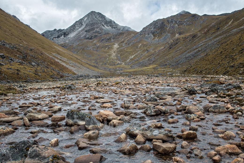 Montée au col de Sinche La, Bhoutan