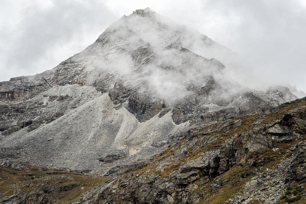 Sommet anonyme près du col de Sinche La, Bhoutan