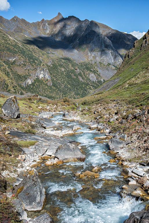 Rivière en route pour Lemithang, Bhoutan