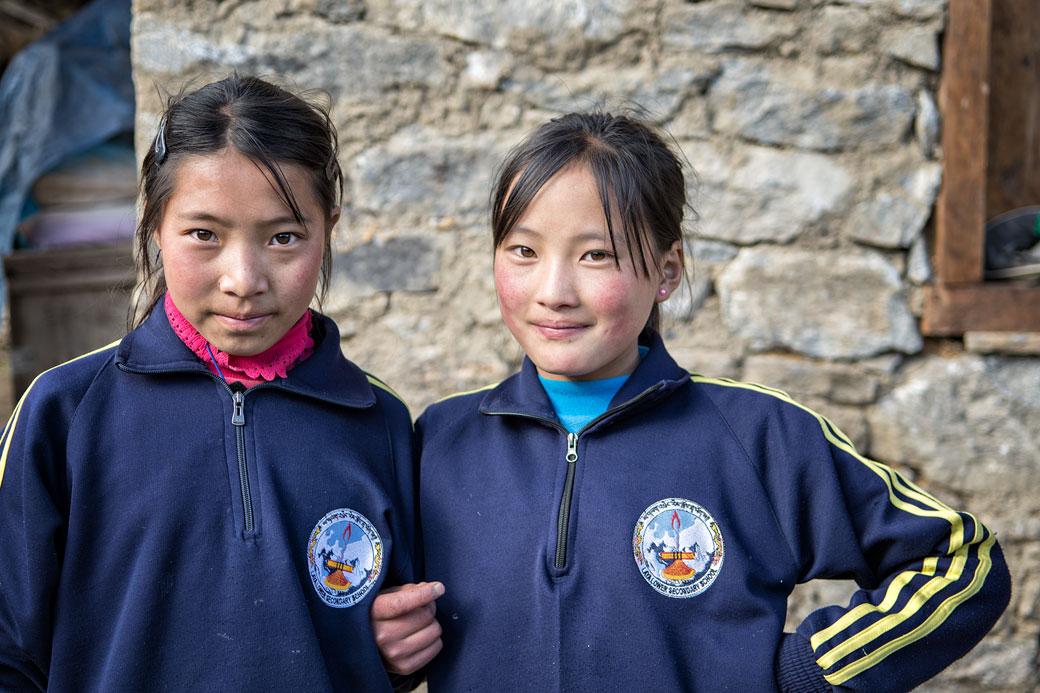 Jeunes écolières du village de Laya, Bhoutan