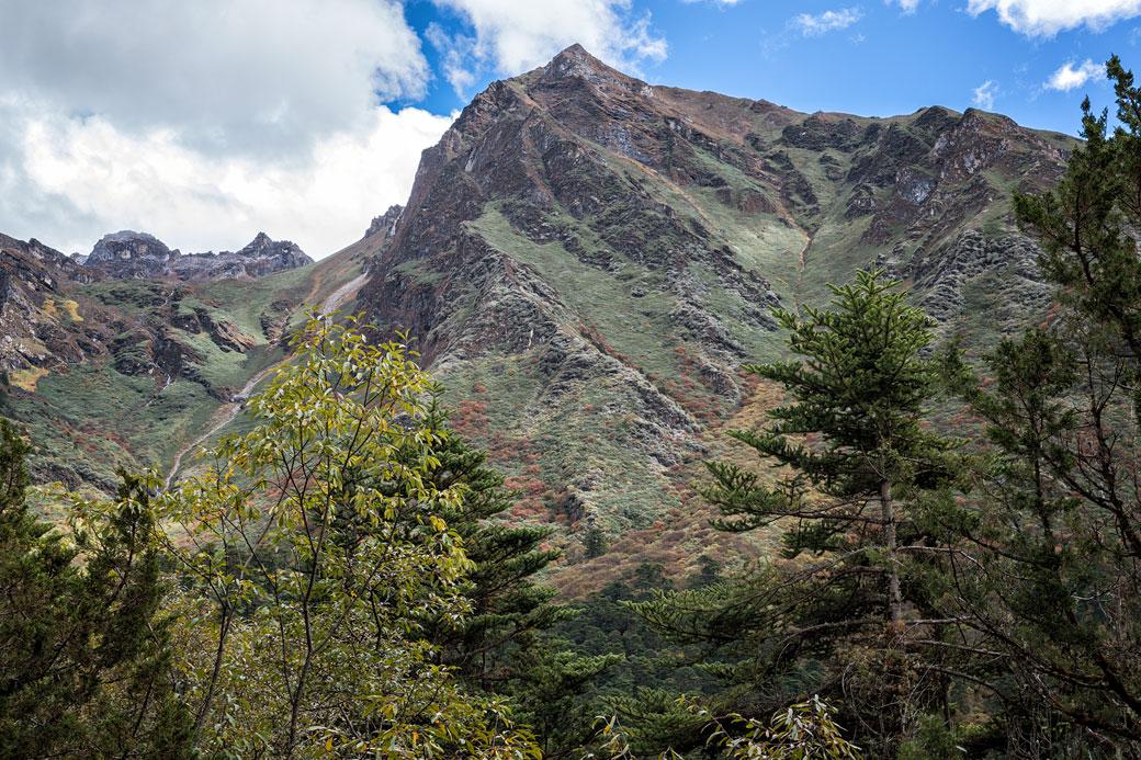 Montagnes entre Woche et Thrika, Bhoutan