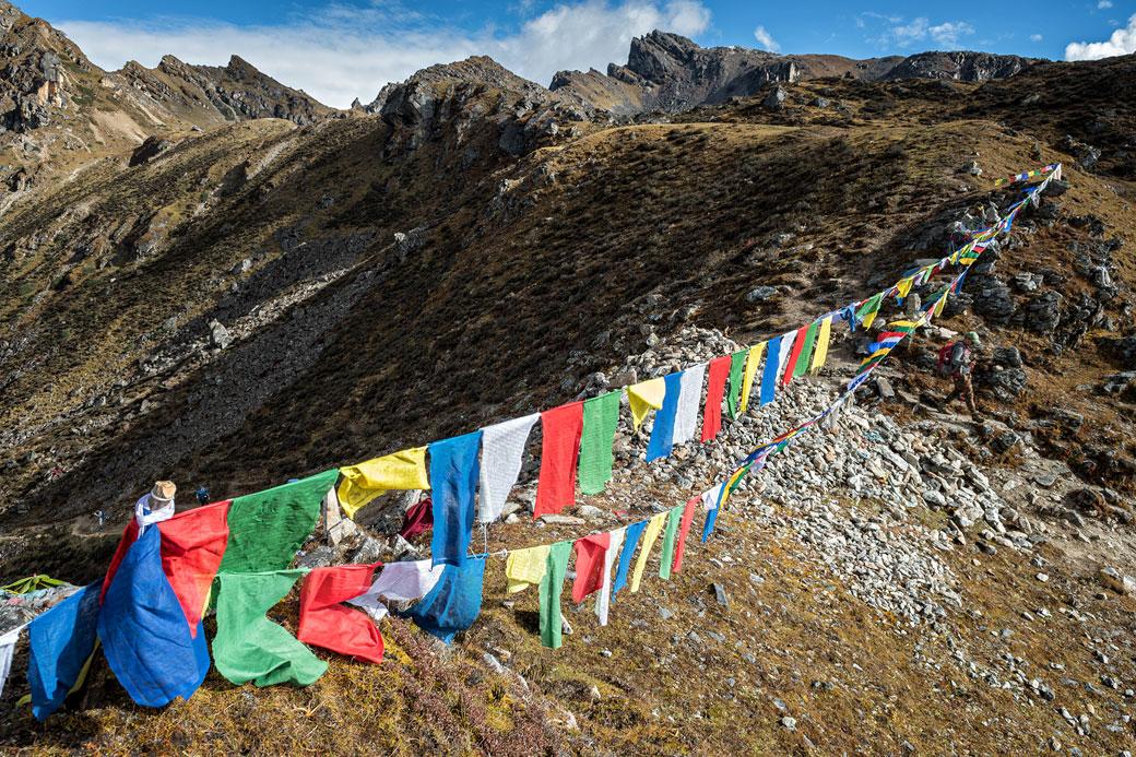 Drapeaux de prières au col de Keche La, Bhoutan