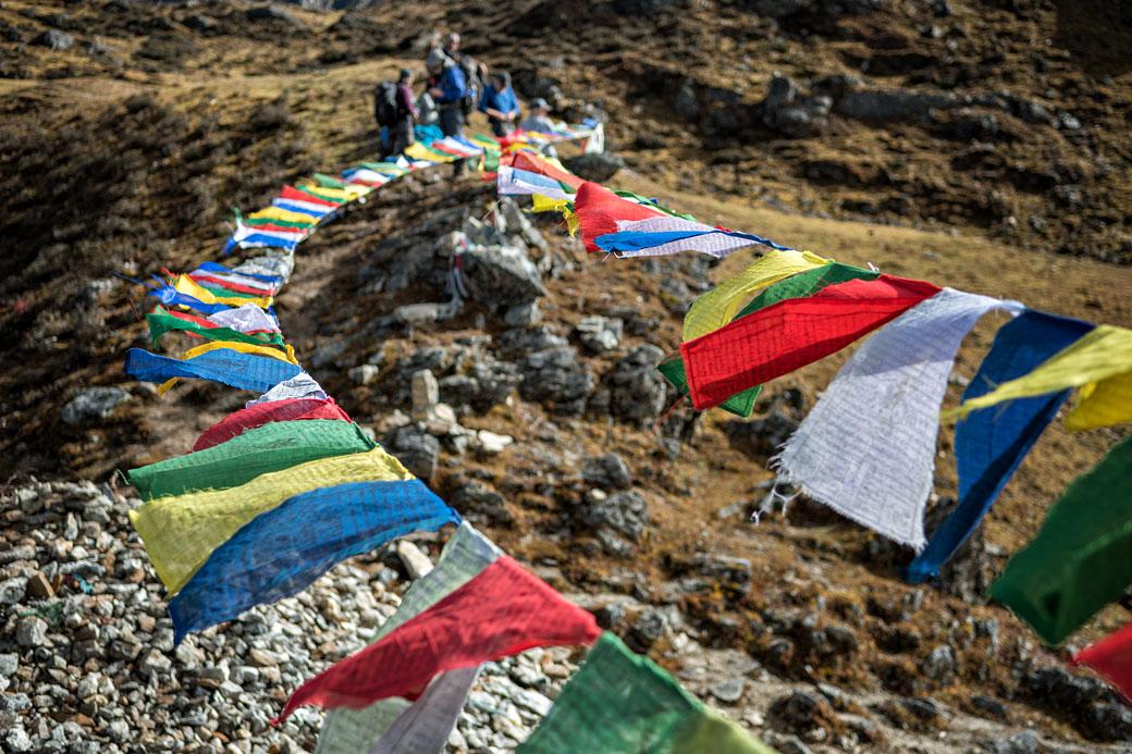 Drapeaux de prières au vent au col de Keche La, Bhoutan