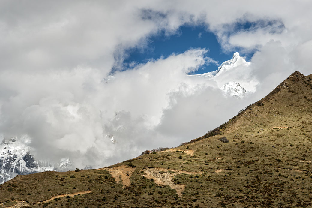 Sommet de Table Mountain, Zongophu Kang, Bhoutan
