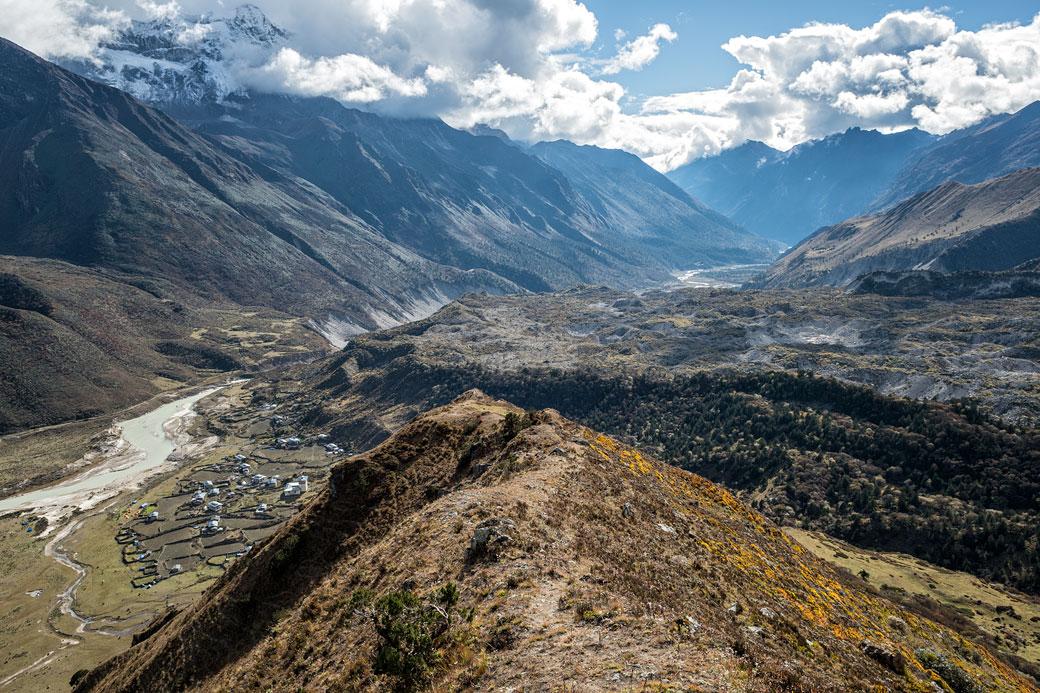 Le village de Chozo au coeur de Lunana, Bhoutan