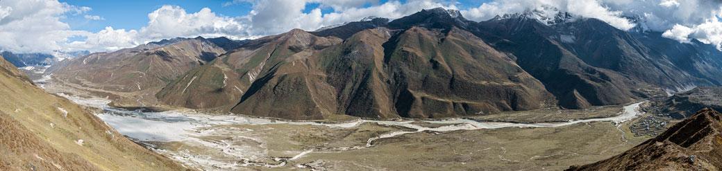 Panorama d'une haute vallée de Lunana, Bhoutan