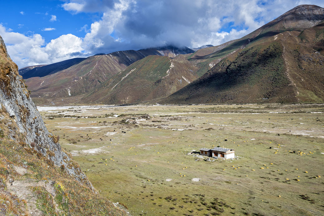 Maison isolée au coeur de Lunana, Bhoutan
