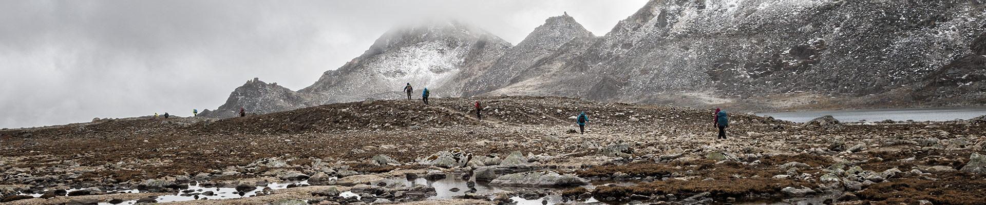 Top image trekkeurs en route pour Tshochena, Bhoutan