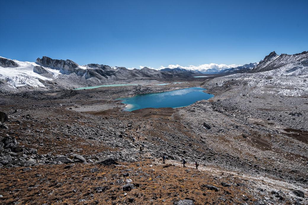 Lacs et plateau en route pour Chukarpo, Bhoutan