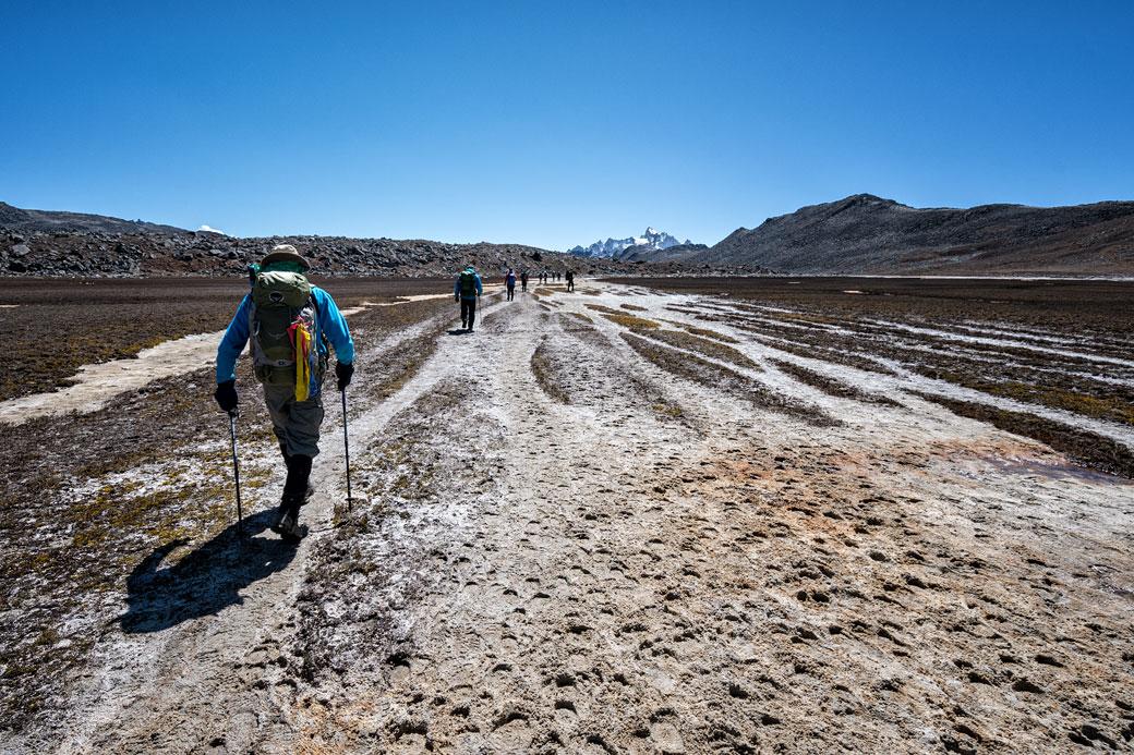 Trekkeurs en route pour Chukarpo, Bhoutan