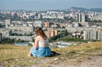 Jessica au-dessus de la ville de Krasnoyarsk, Russie