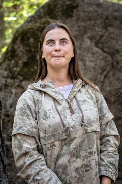 Svetlana Yushkova guide dans la réserve de Stolby, Russie