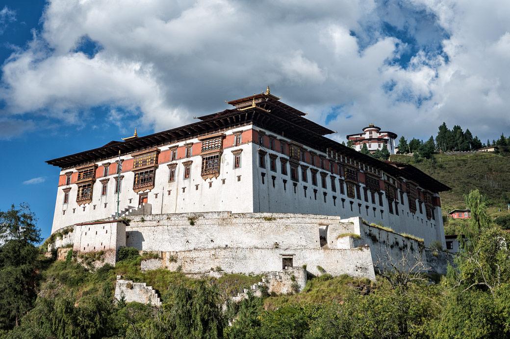 Le dzong de Paro avec le musée national du Bhoutan