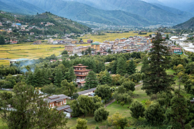 Ville de Paro et sa vallée depuis le dzong, Bhoutan
