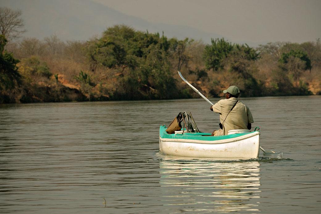 Descente du fleuve Zambèze en canoë, Zambie