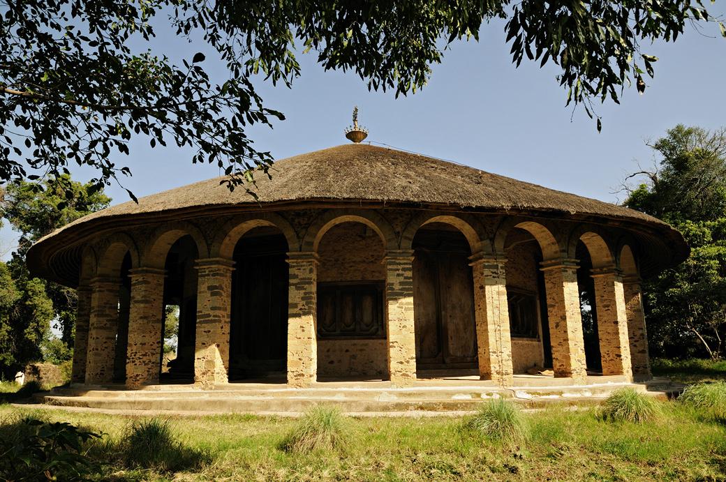 L'église circulaire de Narga Sélassié, Ethiopie