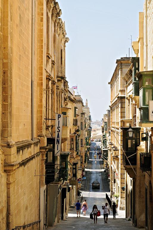 Rue en pente de La Valette, Malte