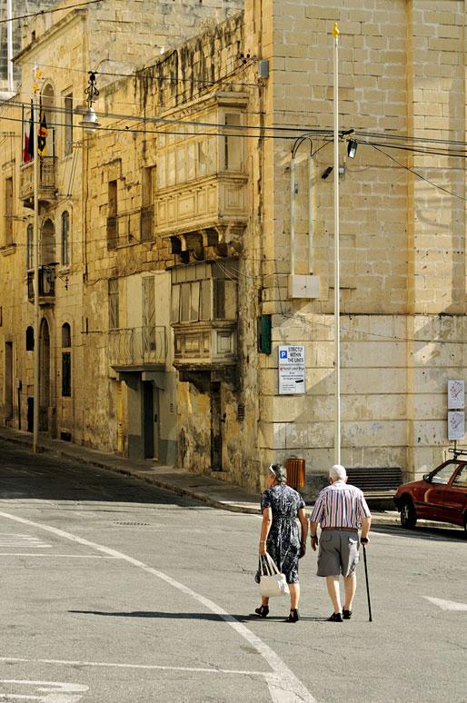 Vieux couple à Birgu, Malte