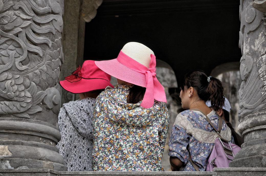 Touristes au mausolée de Khai Dinh, Vietnam