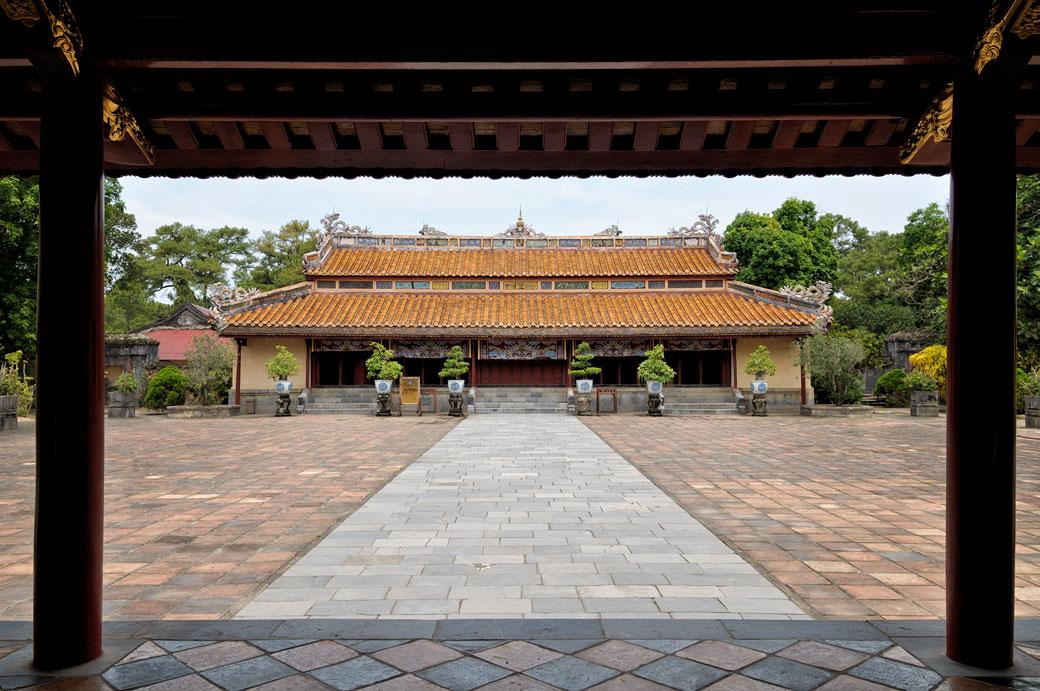 Temple Sung An au mausolée de l'empereur Minh Mang, Vietnam