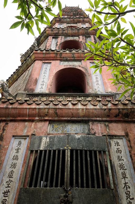 Pagode de la Dame céleste (Thien Mu) à Hué, Vietnam