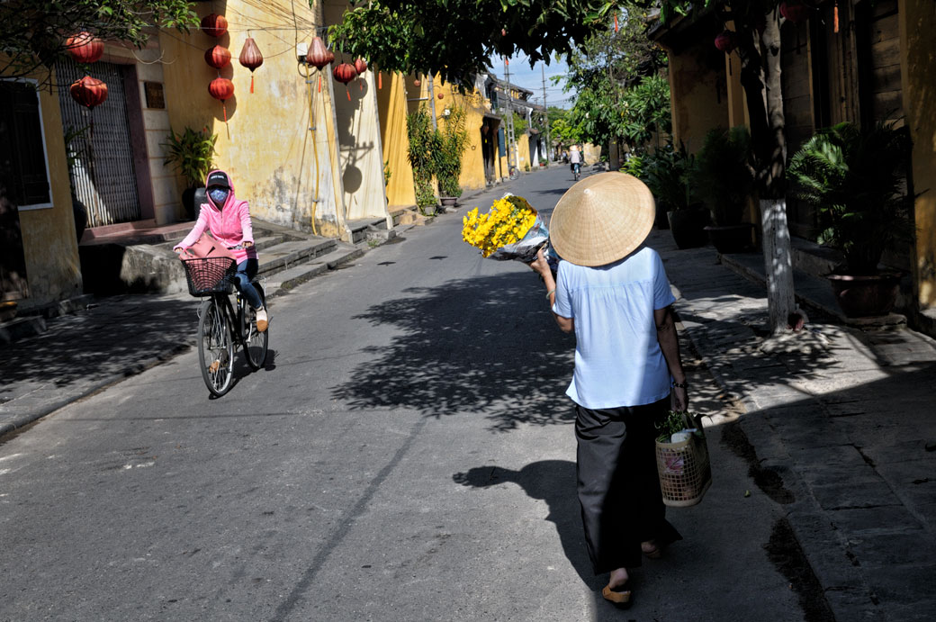 Rue de Hoi An au petit matin, Vietnam